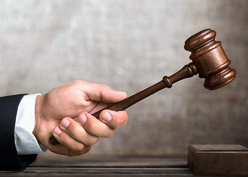 Услуги юриста: лишение родительских прав
