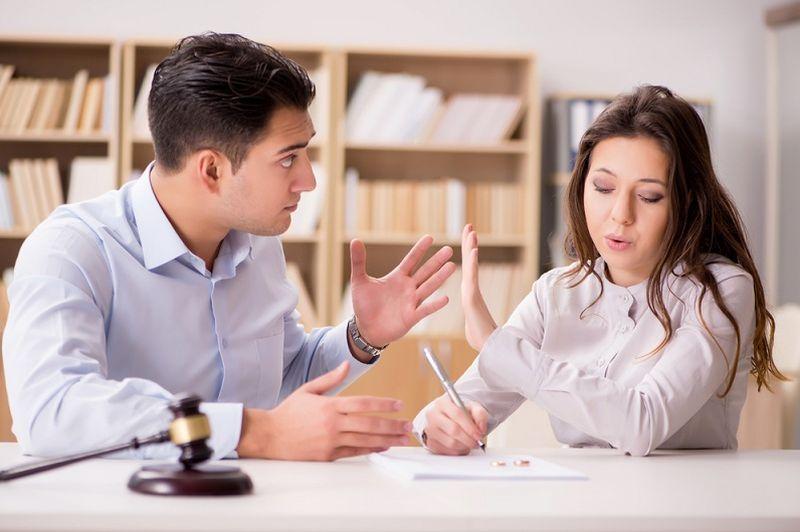 Услуги юриста: расторжение брака без согласия супруга